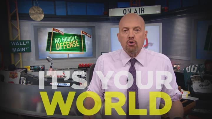 Cramer Remix: Don't rely on another's viewpoint when managing your portfolio