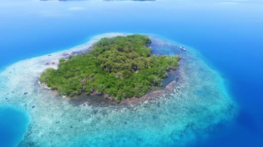 1 acre island for sale off the coast of southern Belize