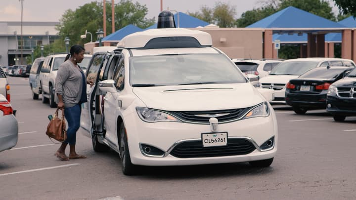 This Arizona town is overrun with self-driving cars — here's what it's like