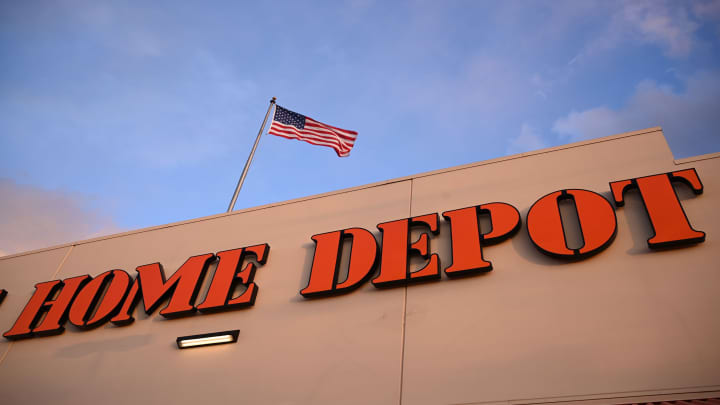 Home Depot earnings: $3.17 a share, vs $3.08 EPS expected