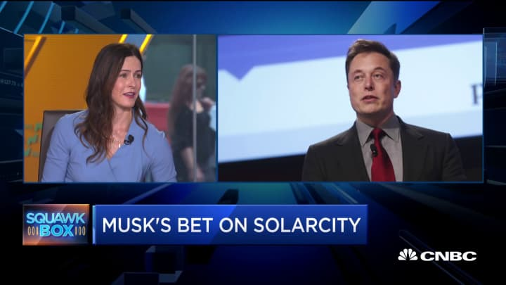 How Tesla's SolarCity factory in Buffalo is affecting the community
