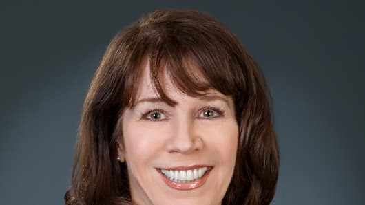 Ann E. Joyce, Executive President & Chief Customer Office, Technology, Supply Chain & Omni Operations Chico's FAS.