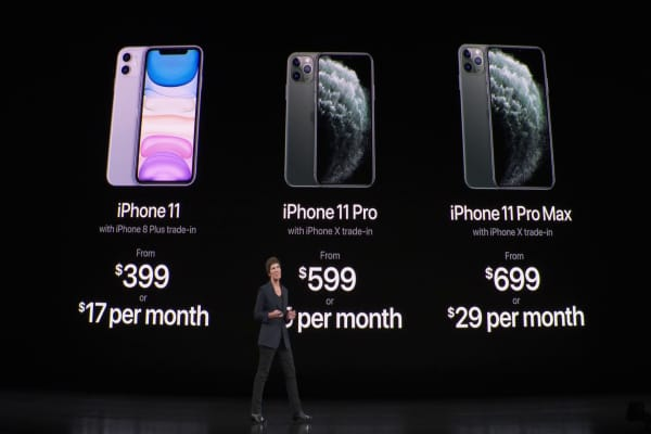 Apple hardware event: new iPhones, Apple Watches and more