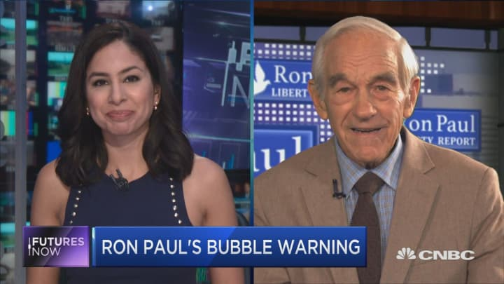 Ron Paul predicts global monetary system's demise, sees risk of 'chaos'