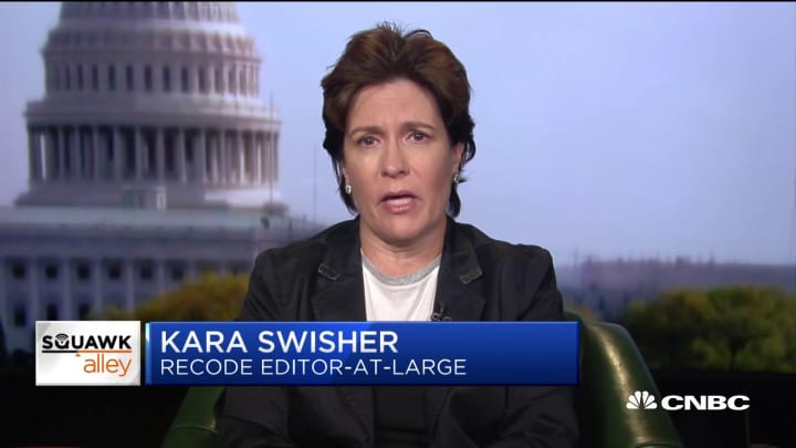 Kara Swisher: Apple can't solely rely on hardware anymore