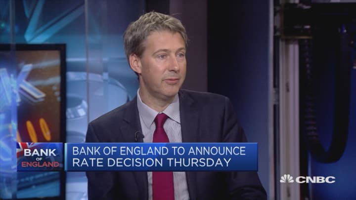 Expecting gradual rate increases from BoE, economist says