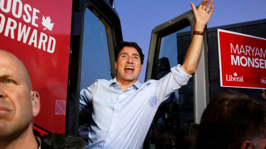 Liberal leader and Prime Minister Justin Trudeau departs from a rally in Peterborough, Ontario, Canada September 26, 2019.