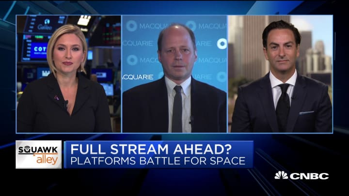 Here's why this Macquarie media analyst downgraded Netflix