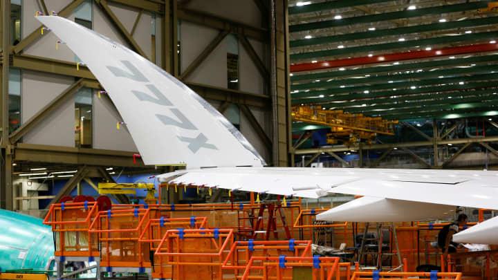 Boeing 777X fuselage reportedly split during September stress test